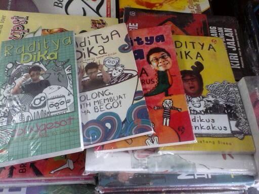 harga Koleksi novel raditya dika Tokopedia.com