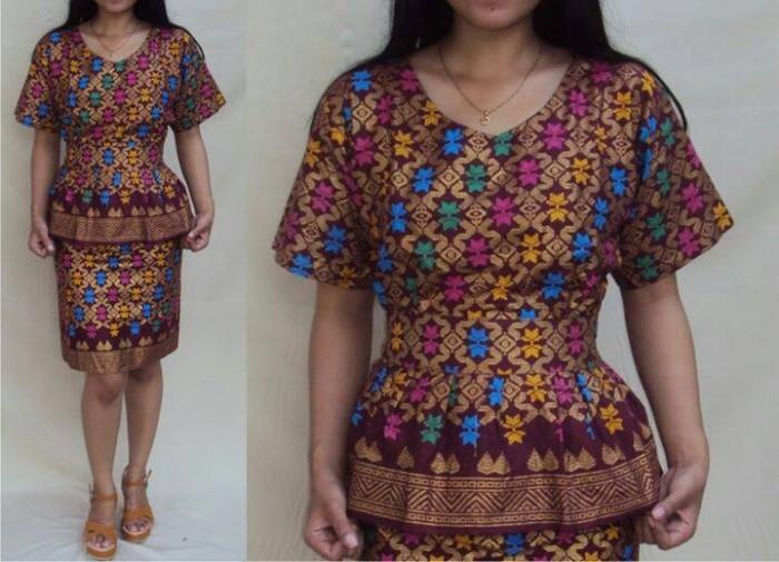 Jual Gaun Ulos 1 Marun Kota Yogyakarta Rouf Shop Tokopedia
