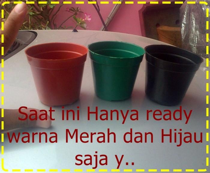 Merah dan Hijau - Kami sebagai Distributor pot plastik di Malang menjual  berbagai aneka pot plastik 6f2d6c4864