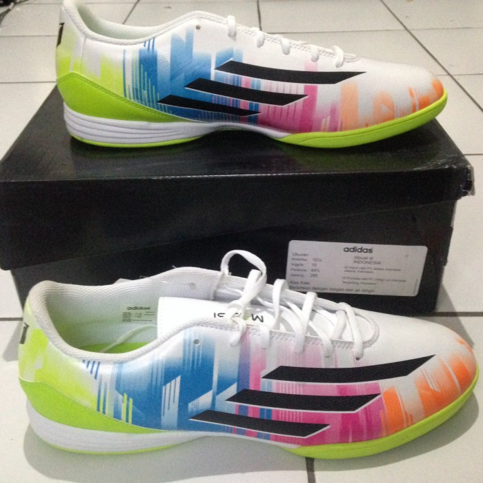 Jual Adidas F10 in Messi Putih Size 44 2 3. Sepatu futsal ... a22dcfcd9c8c1