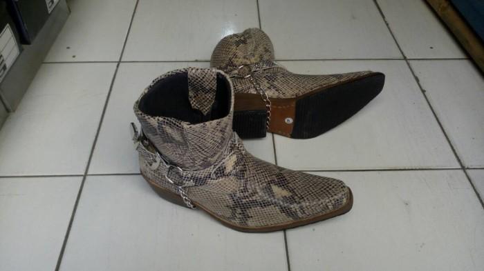 Jual sepatu boots koboi kulit ular murah kualitas top sol kulit ... f78b99e528