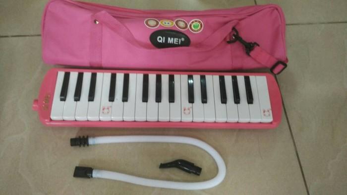 harga Pianika qi-mei  pianica qimei qimeymelodika pink 32 key + tas Tokopedia.com