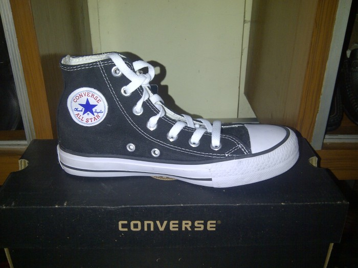 Sepatu Sekolah. Converse All Star Hi Black White (KW Super  Grade ORI) 39eb95a407