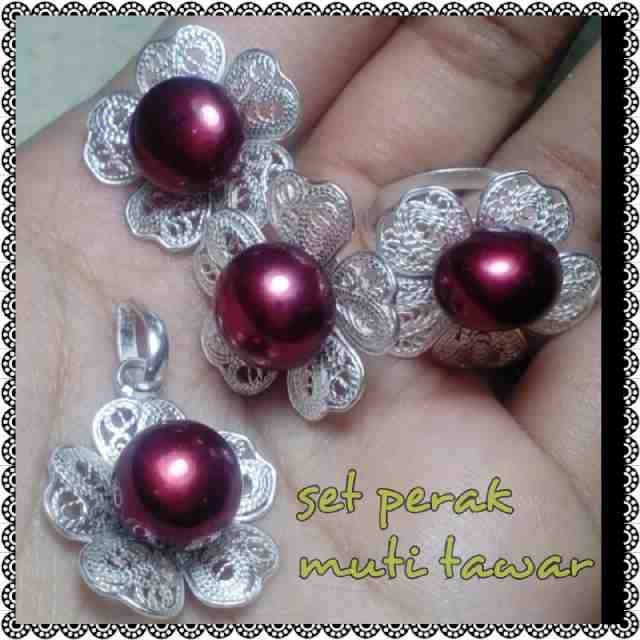 harga Set perhiasan perak + mutiara air tawar lombok Tokopedia.com
