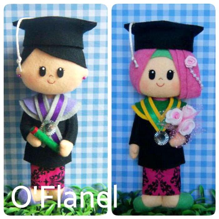 Jual Boneka Couple Wisuda Wanita Flanel Souvenir Wisuda Murah Lucu ... 0c4795a953