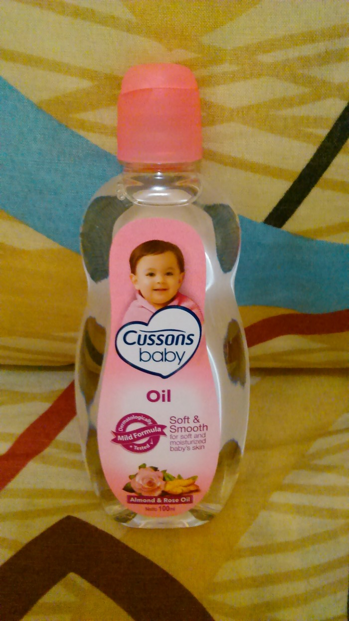 Cussons Baby Oil Almond Rose 100ml 2pcs Daftar Harga Terkini Dan Mild And Gentle 50 50ml Soft Smooth Minyak Bayi Cusson