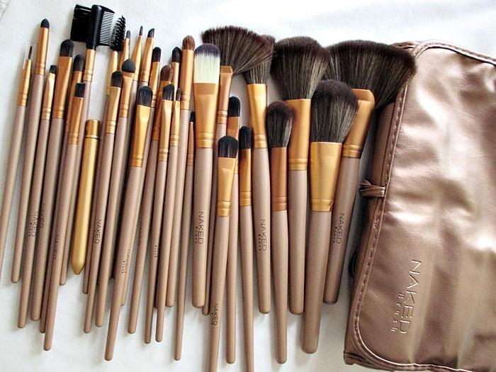 harga Brush / kuas make up naked isi 32pcs / 32 pcs / 32 piece - dompet tali
