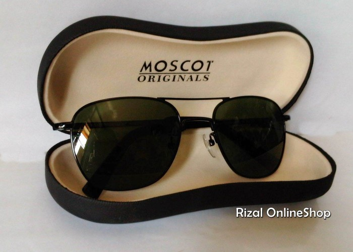 Sunglasses / Kacamata Outdoor : MOSCOT Trendy,