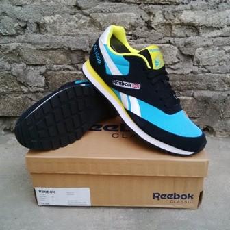 3af0213702d3 Jual Sepatu Casual Reebok GL 1200 black blue Original - Kab ...