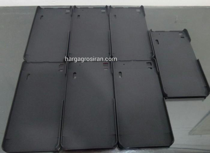 Hard / Backcase Lentur Aluminium Motomo Lenovo A7000 .