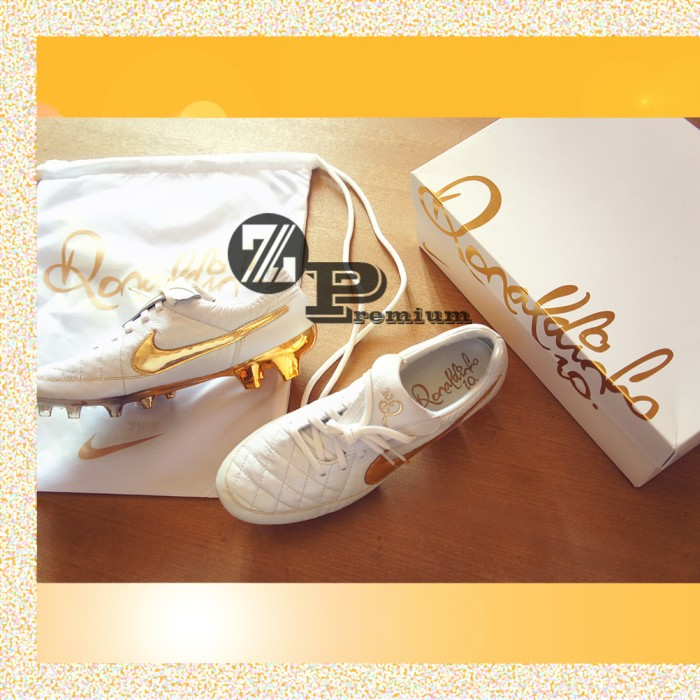quality design 34125 0b5cd Jual NIKE TIEMPO LEGEND RONALDINHO R10 LIMITED EDITION GOLD ORIGINAL - Kota  Malang - zepellin | Tokopedia