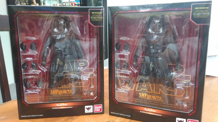 harga Star wars the force awakens s.h.figuarts kylo ren (shf) bandai Tokopedia.com
