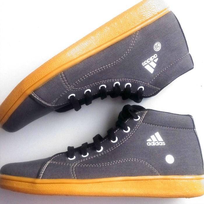 harga Sepatu sekolah adidas tali Tokopedia.com