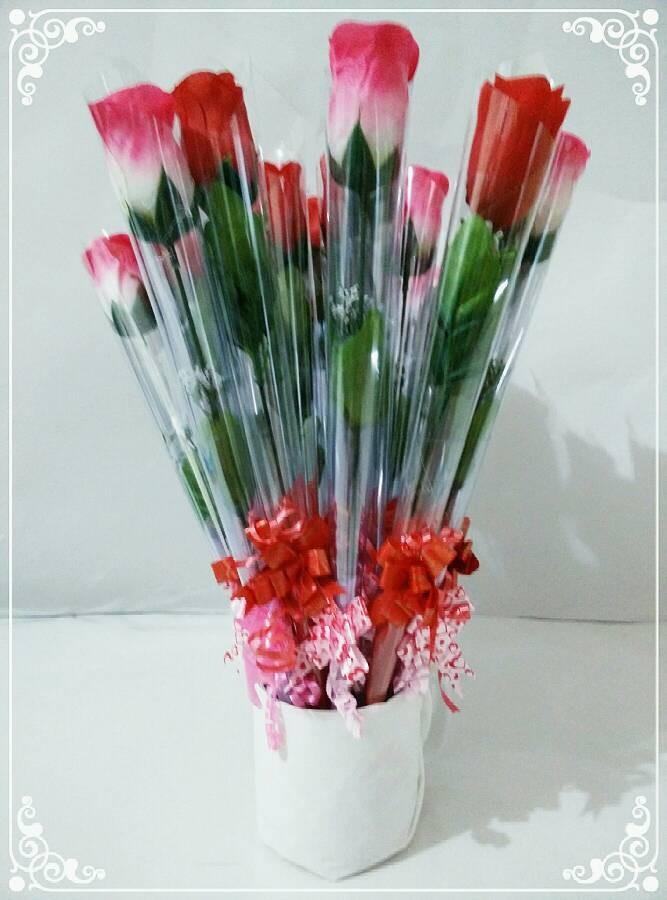 Jual Kado Valentine Hadiah Boneka Bunga Pacar Wisuda Ultah Kota Tangerang Xtwo Shop Tokopedia