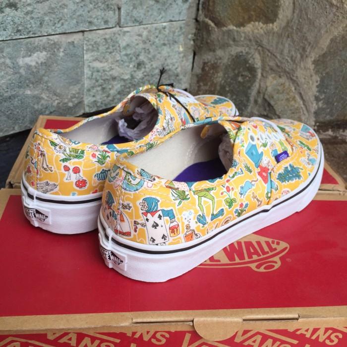 beb582c08a0c15 Jual Vans Authentic Liberty Wonderland ORIGINAL NEW - Kota Mojokerto ...