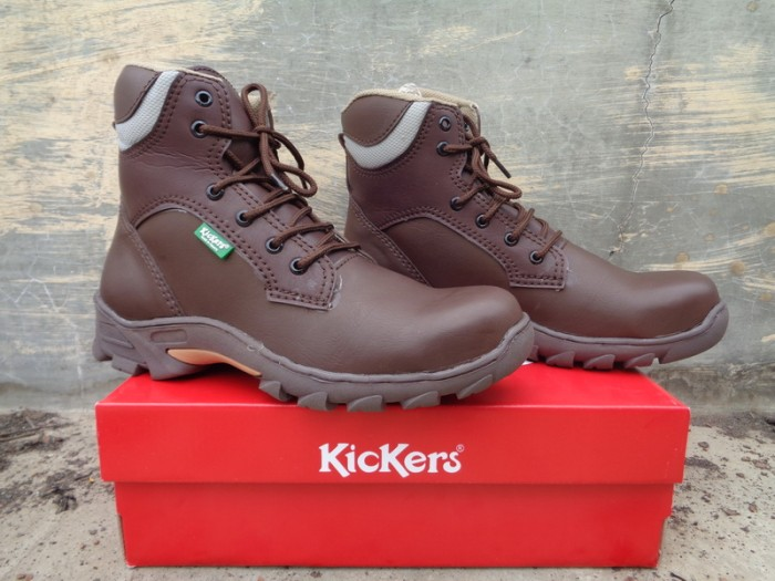 harga Sepatu safety boots murah kickers tracking Tokopedia.com