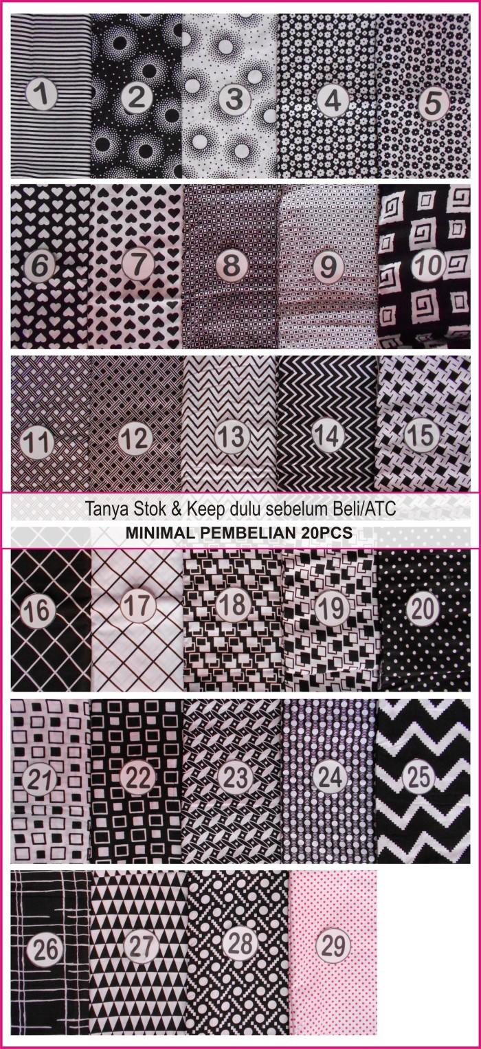 Jual Jilbab Segi Empat Monochrome Hitam Putih (Grosir Kerudung/Hijab Murah)  - Kota Yogyakarta - HUMANNATURE  Tokopedia