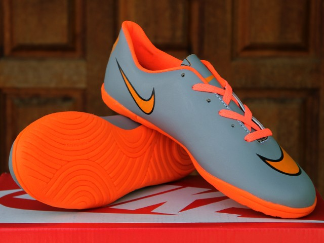 6706a5b44af68 Jual Sepatu Futsal Anak Nike Mercurial Superfly Abu Orange(sepatu ...