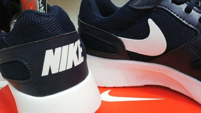 ... new zealand sepatu nike kaishi run navy biru dongker 40grade ori  replika . 432db df0f7 0b36697200