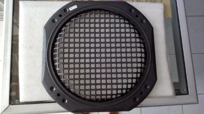 harga Grill plastik tutup speaker / speker / spiker 12 inch 12 in 12  kotak Tokopedia.com