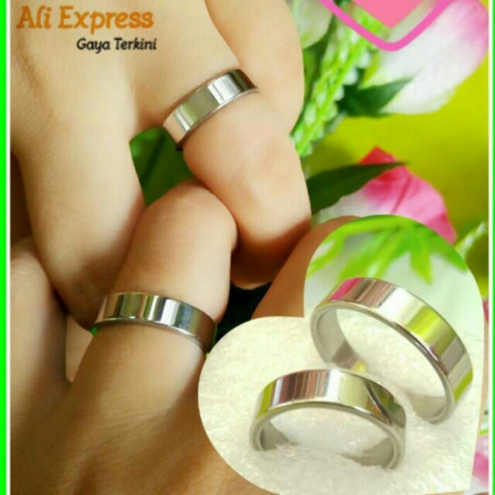 harga Cincin couple pria wanita silver wedding ring titanium steel 316l Tokopedia.com