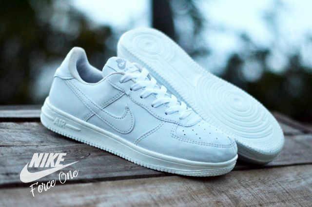 ... harga Sepatu nike airforce 1 one wanita women untuk cewe murah grosir  putih Tokopedia.com 5dc496b2a4