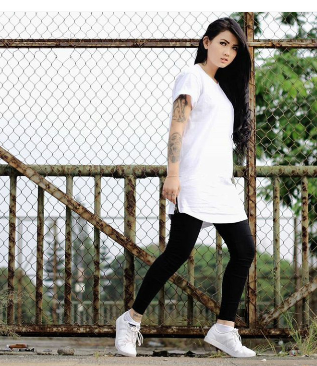 Jual Baju kaos distro hiphop dance putih oversize hip hop cewek ... 076ff606e3