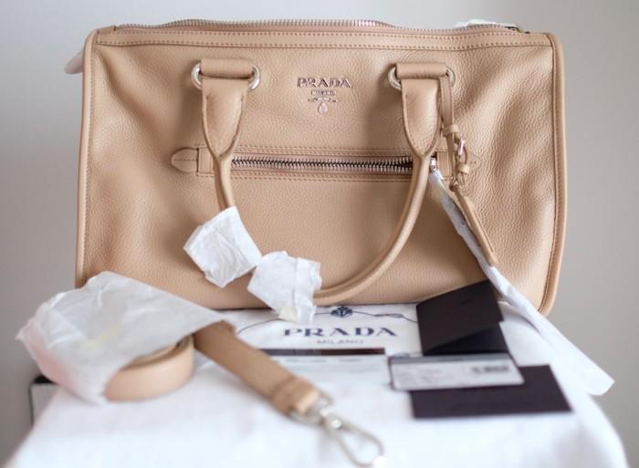 Jual Tas Prada Handbag Bauletto Cammeo Vitello Phenix 100% Original ... ac45201a03