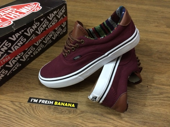 harga Sepatu vans era 59 california paisley tribal red maroon port royale  Tokopedia.com ecd7a7edc8