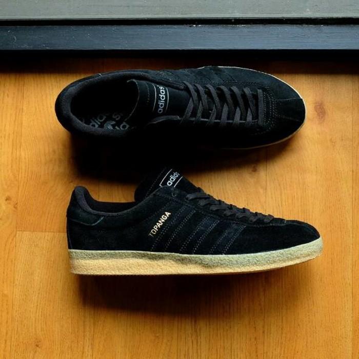 official photos f2a04 306cf Adidas Topanga Core BlackGum, Not Gazelle,Gazelle Indoor,Hamburg
