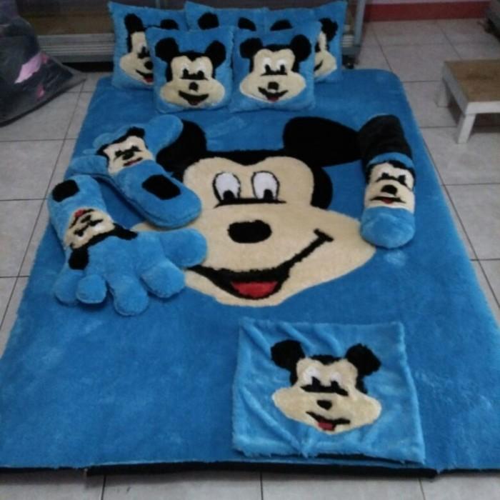 karpet bulu rasfur karakter mickey mouse/kasur karpet/surpet