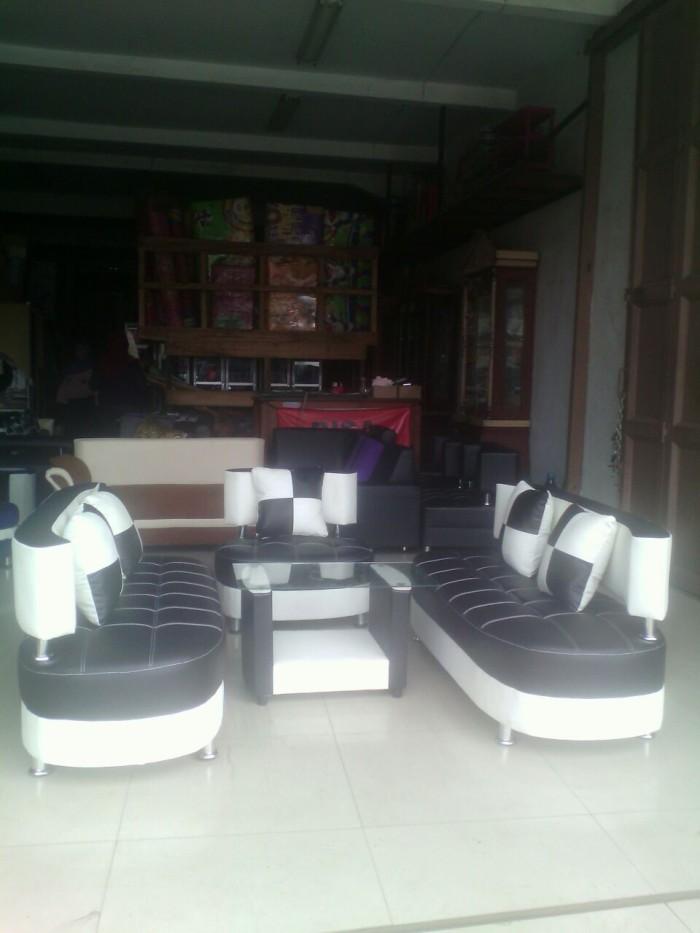 Jual Sofa Minimalis Hitam Putih Catur Kursi Sudut Ruang Tamu Free