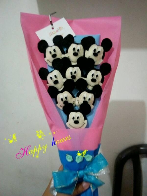 Jual buket bouquet boneka wisuda valentine mickey - JJ Cookies ... e9a905dbee