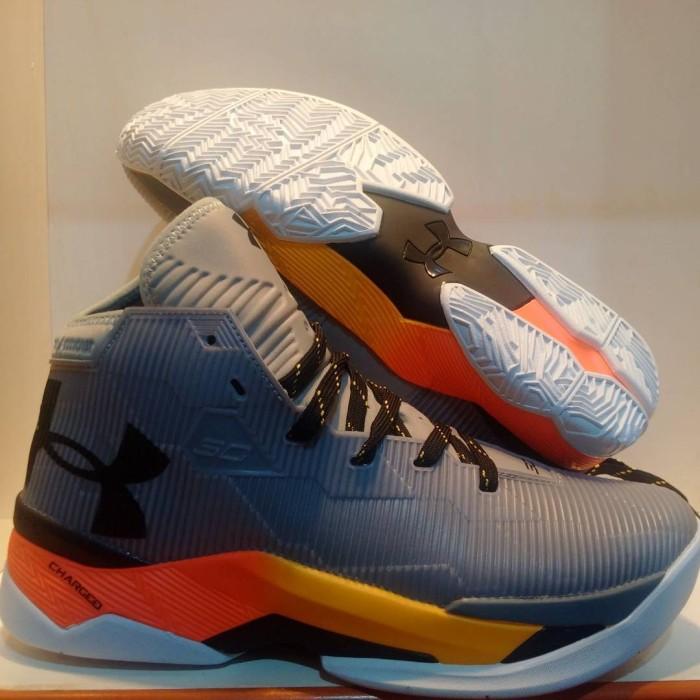 Jual sepatu basket under armour curry 2 iron sharpens cek harga di ... 511f10dcc2