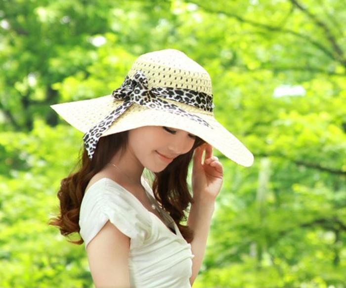 harga Topi gaya   topi pantai   topi lebar   topi wanita   topi pita leopard 2fc8c10dc2