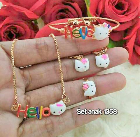 harga Set anak hello kitty (kalung+ gelang+ cincin+ anting) Tokopedia.com