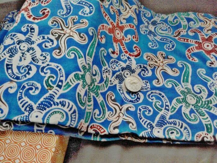Jual Kain Batik Tulis Kalimantan Timur bahan katun  biru warna