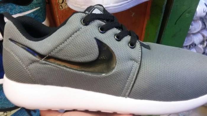 Nike Chaussures Roshe Courir Murahgrosir