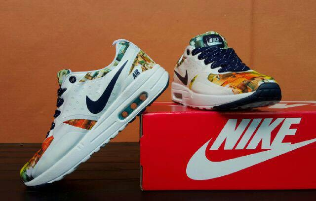 official photos b63c1 218bc sepatu lari nike air max zero liberty Murah