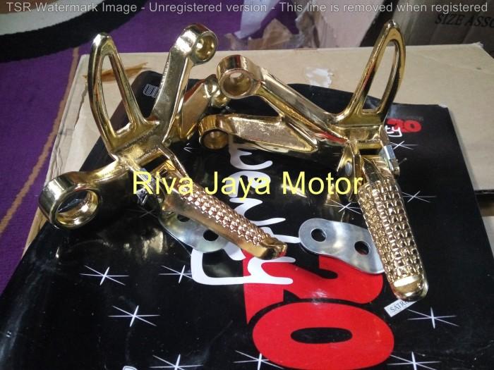harga Footstep foot step gantung belakang satria fu 150 gold Tokopedia.com