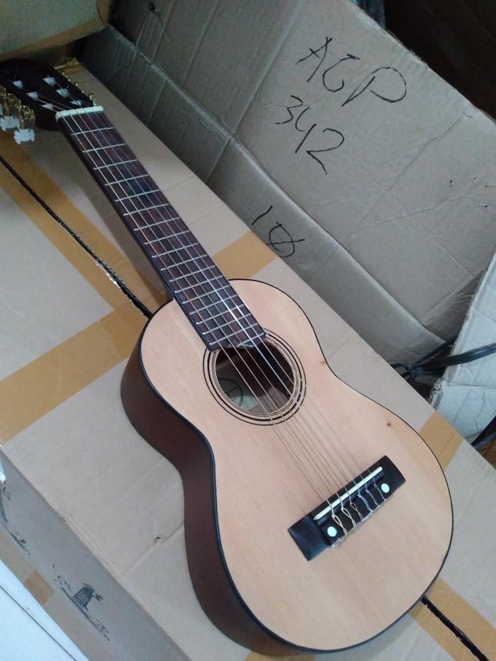 gitar klasik nilon ukuran 1/4