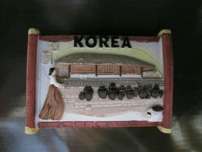 Magnet/tempelan kulkas guci banyak-souvenir dari korea