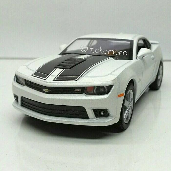 Jual Kado Istimewa Mobil Klasik Chevrolet Camaro Putih Diecast