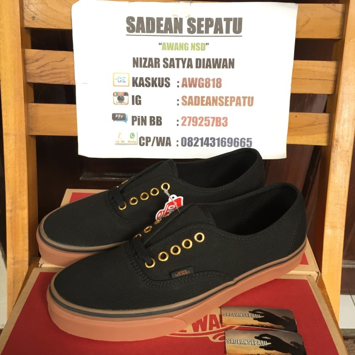 Jual Vans Authentic Black Rubber Gum Original New - Sadean Sepatu ... 49ea611a58