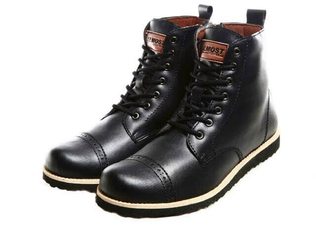 harga Sepatu boot pria zip resleting kulit almost magnum brown Tokopedia.com