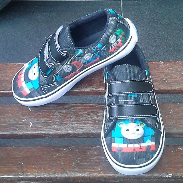 harga Sepatu anak laki laki thomas/ sepatu anak lucu Tokopedia.com