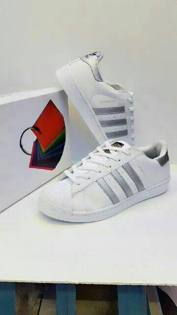 ... harga Sepatu adidas superstar putih list silver murah grosir pria wanita  Tokopedia.com f8e4a5680d
