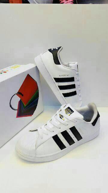 Jual Sepatu Adidas Superstar Putih List Hitam Grosir Murah Pria ... 4b5fad31c8
