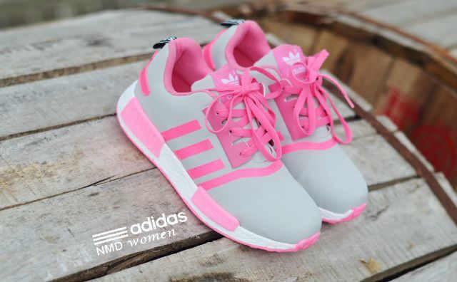 Sepatu Main Remaja Wanita 7