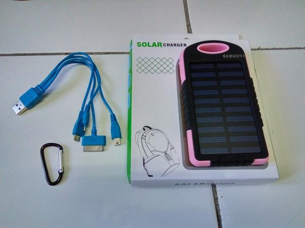 harga Power bank solarcell 198.000 / 198000 mah Tokopedia.com